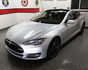 2013 Tesla S.jpg