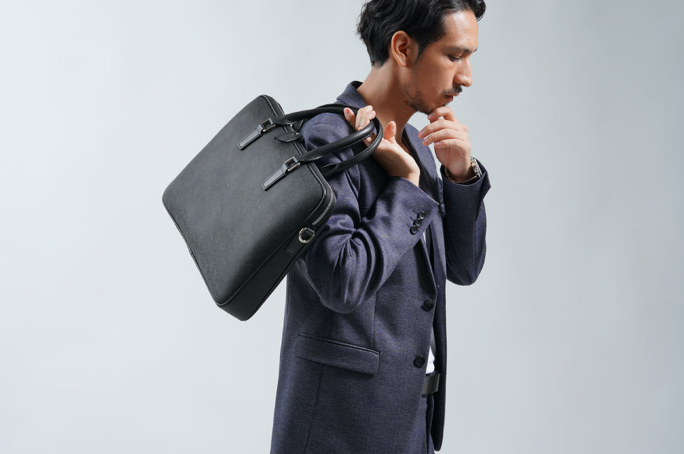 products_briefcase-01_01.jpg