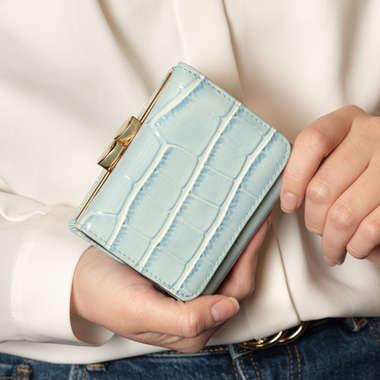 クロコ型押し三つ折りミニ財布