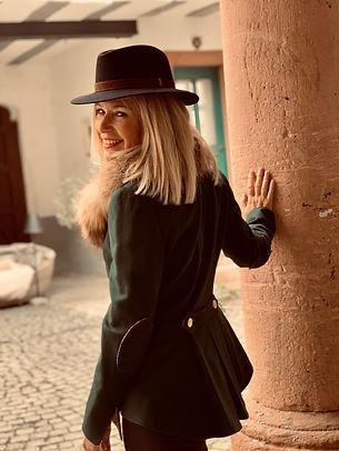 Eva Bonnet-Beige-3.jpg