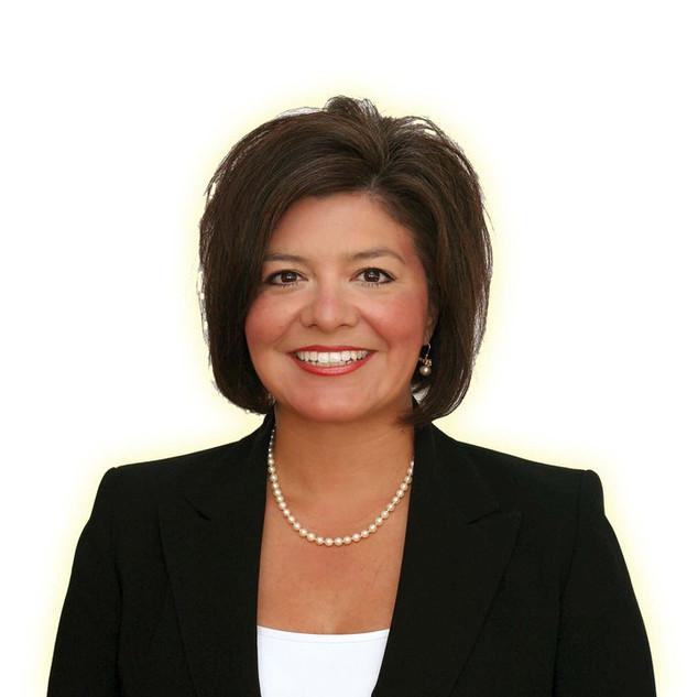 Judge Lori Valenzuela