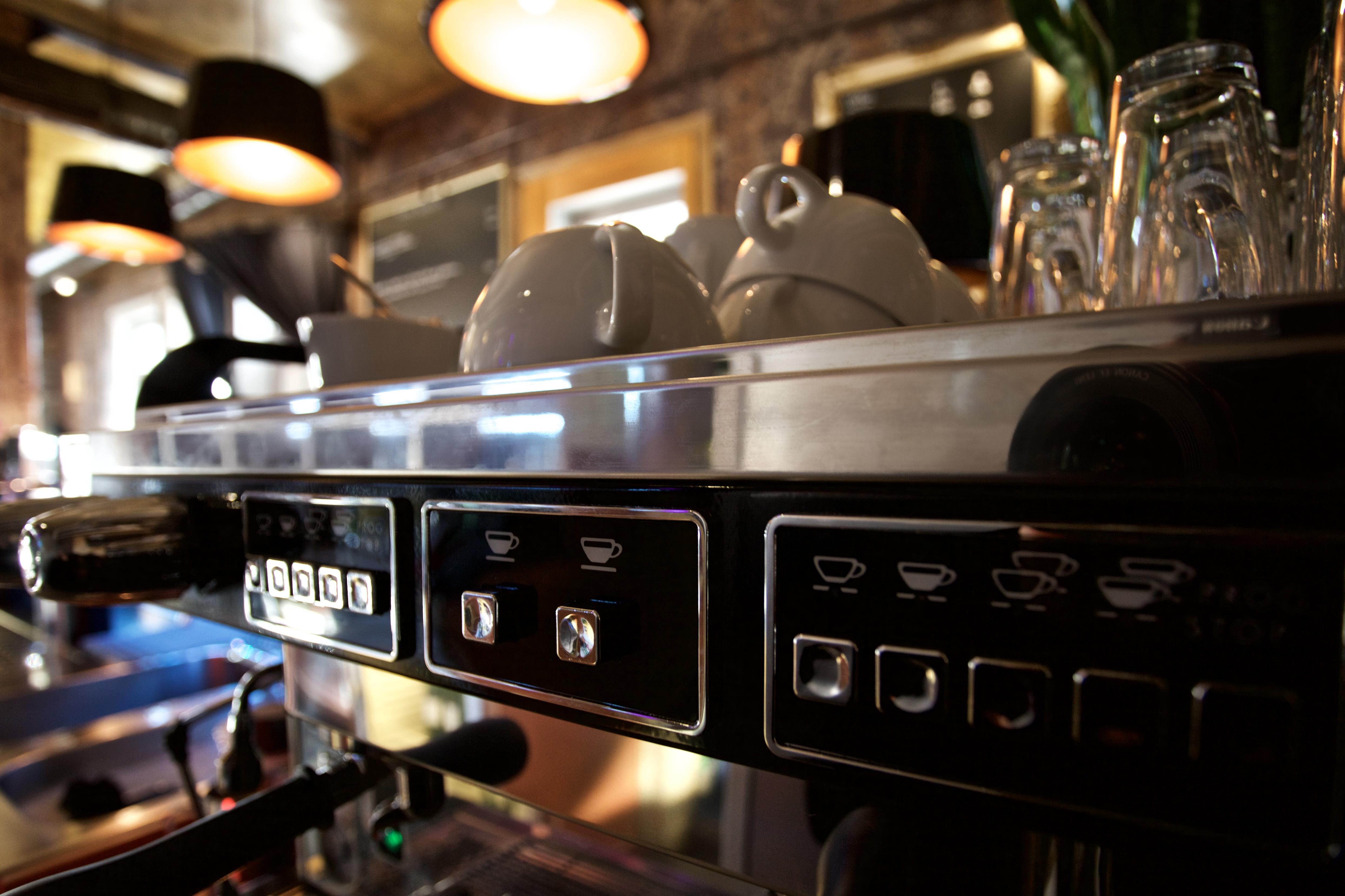Cafe mit Außenterasse