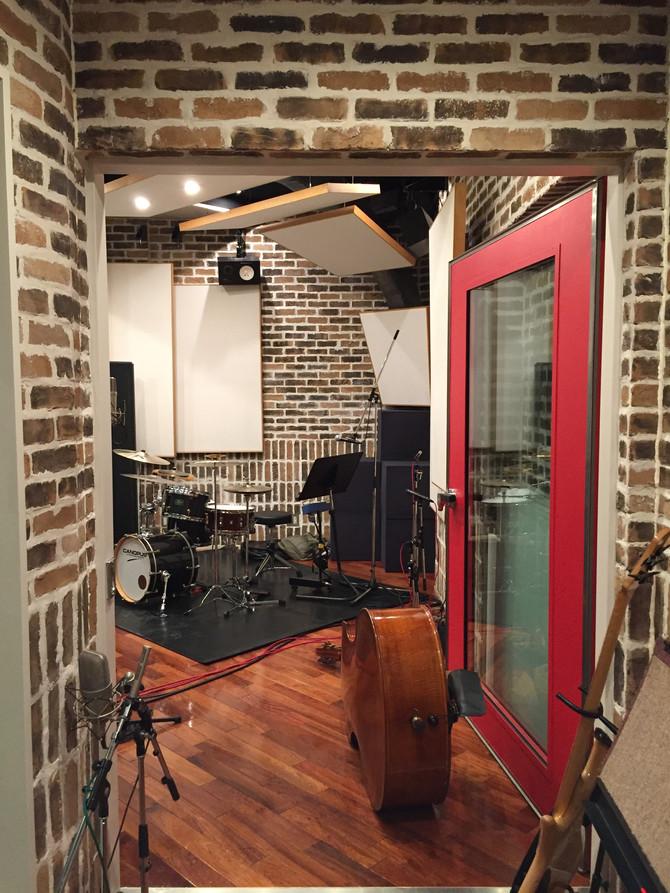 ドラムとベースのレコーディング完了!