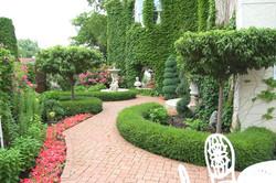 أرصفة وحدائق جانبية