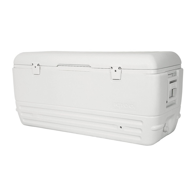Cooler includes Ice