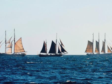 Taller de Morra a bord del pailebot Santa Eulàlia, la goleta Far de Barcelona i el quetx Ciutat de B