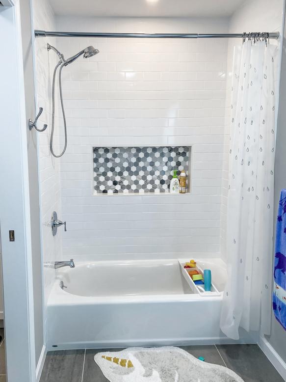 kid's bathroom shower and tub
