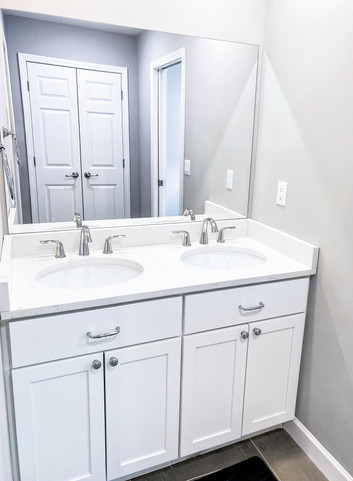 kid's bathrooom double sink vanity