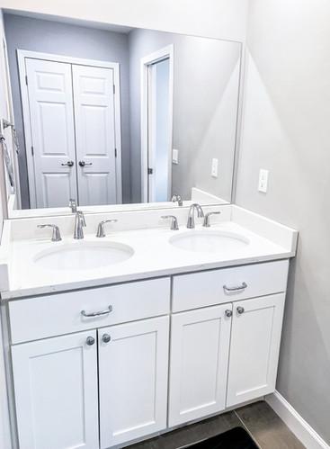 kid's bathrooom double sink vanity