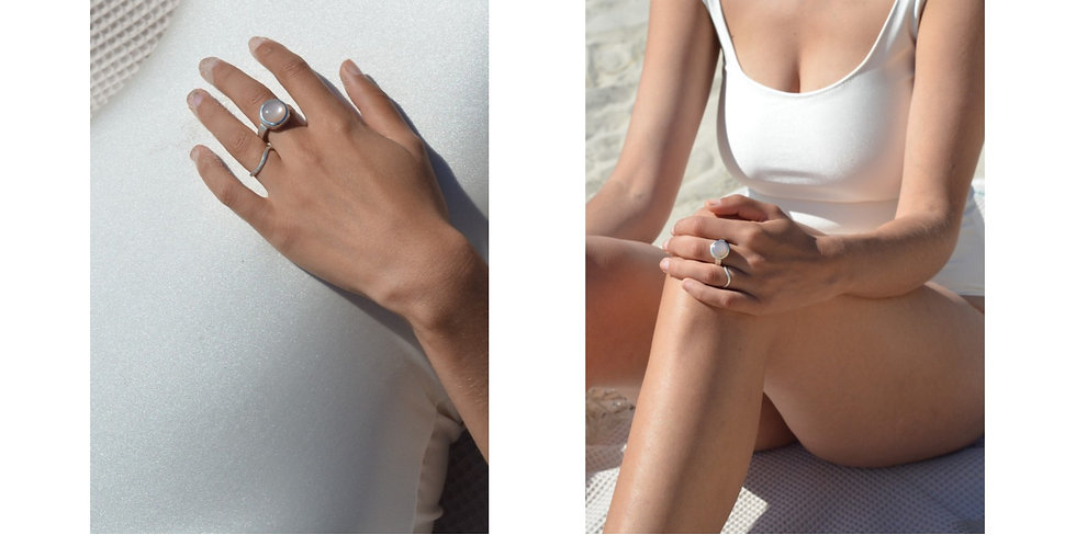 Basic ring with nude moonstone