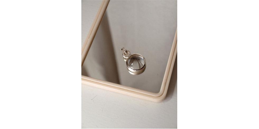 Magnifying glass pendant