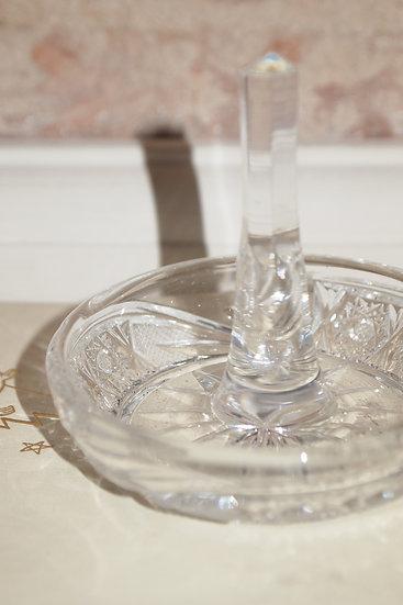 glass ring holder