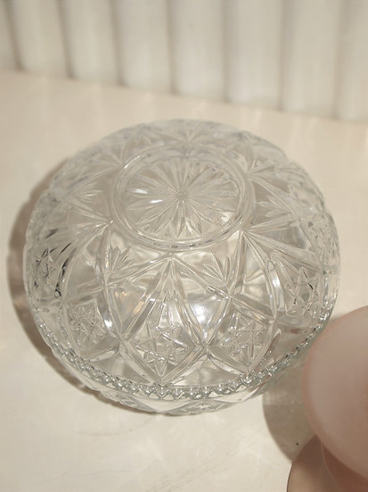 glass bonbonniere