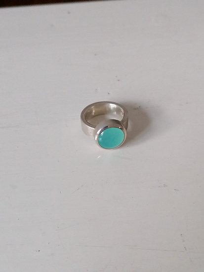 Basic ring with aqua onyx