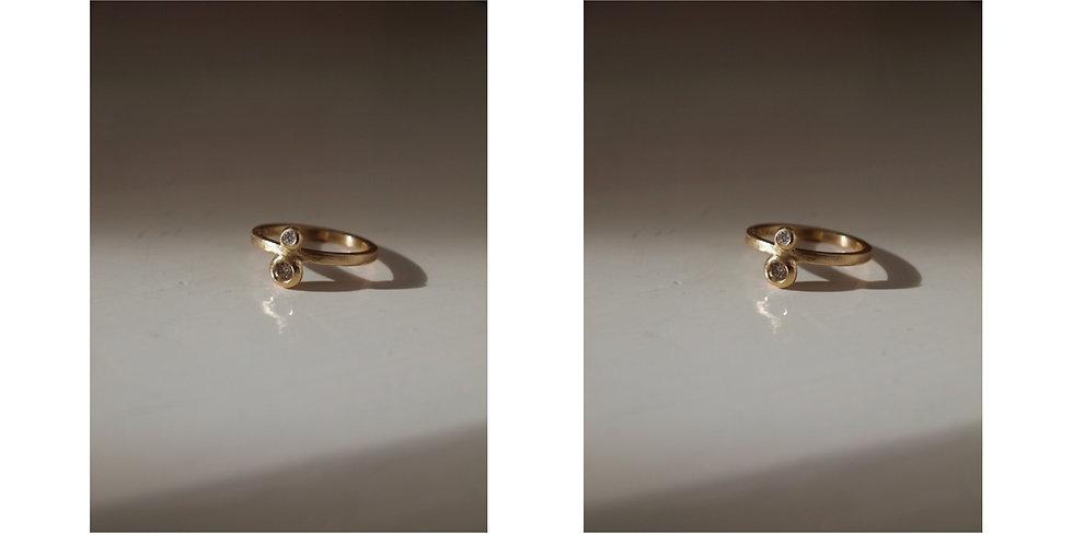 Double diamond ring, classic