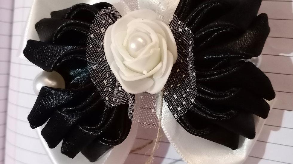 Black and White Ribbon bow