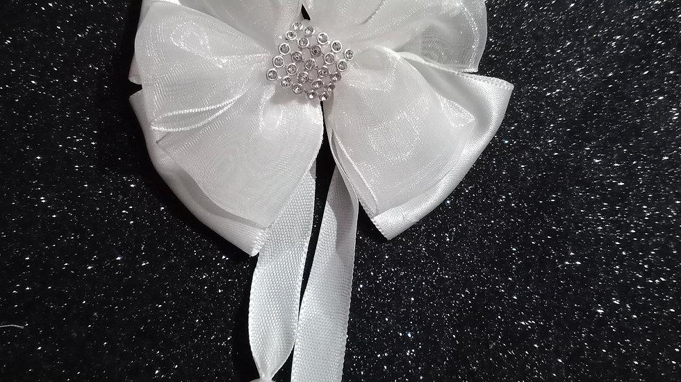 White Princess bow