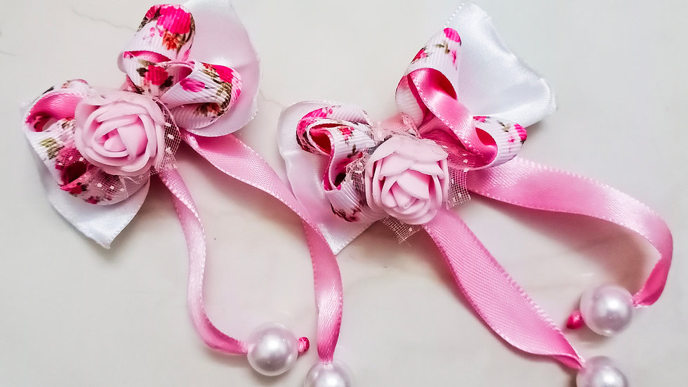 Twin pink bow