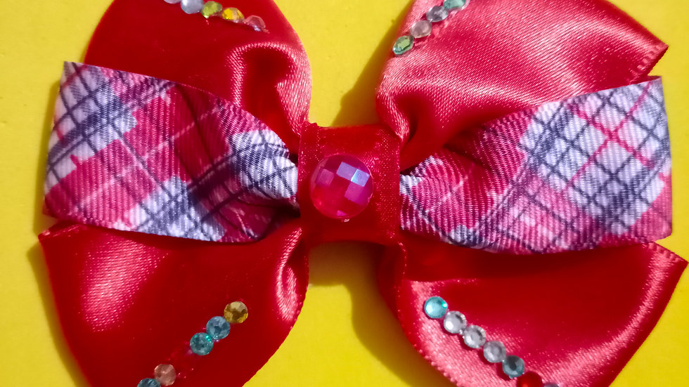 Red multicolored stone bow