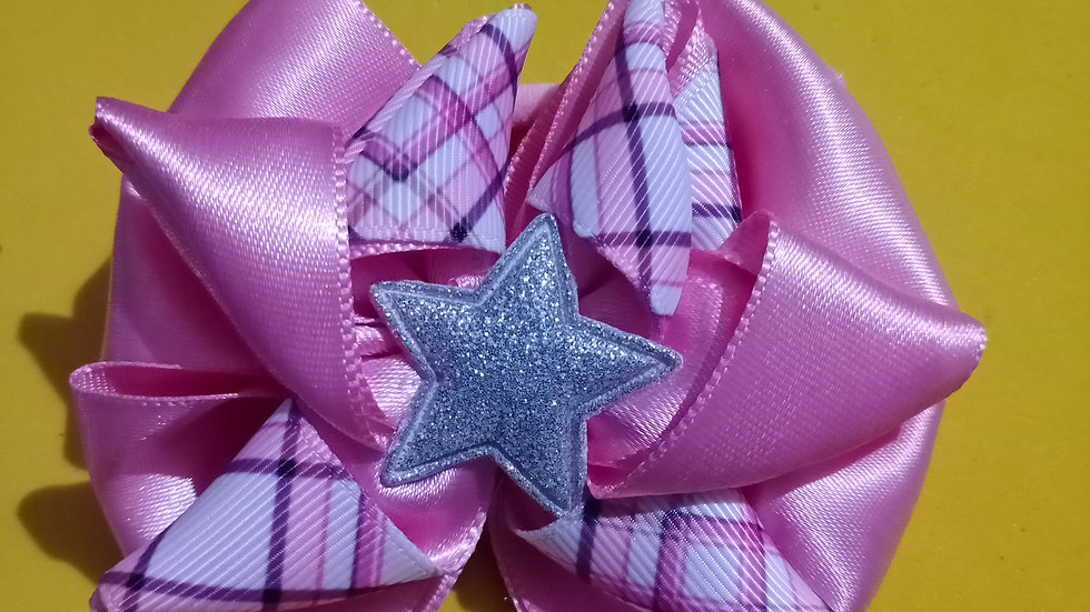 Pink and checks bow