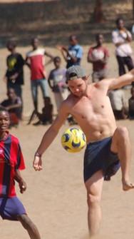 Physical%20or%20social%20-Football%20Mal