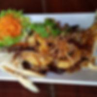ปลากะพงทอดซอสมะขาม.jpg