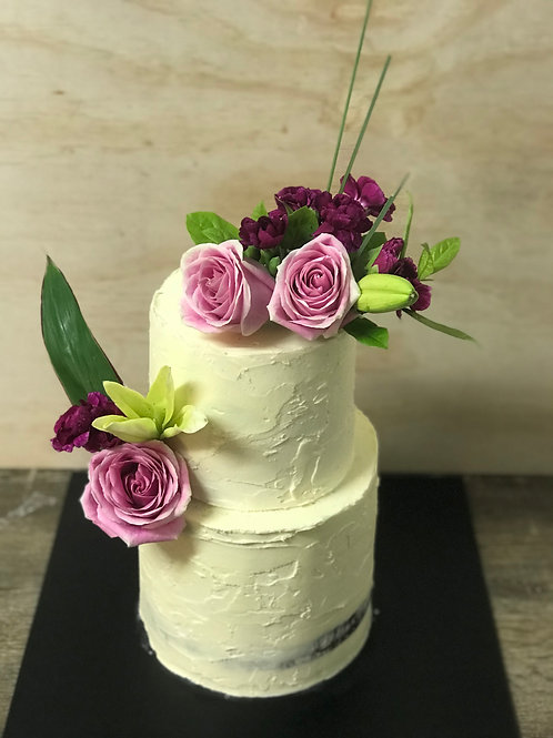 The SEMI Semi Naked Cake with Florals