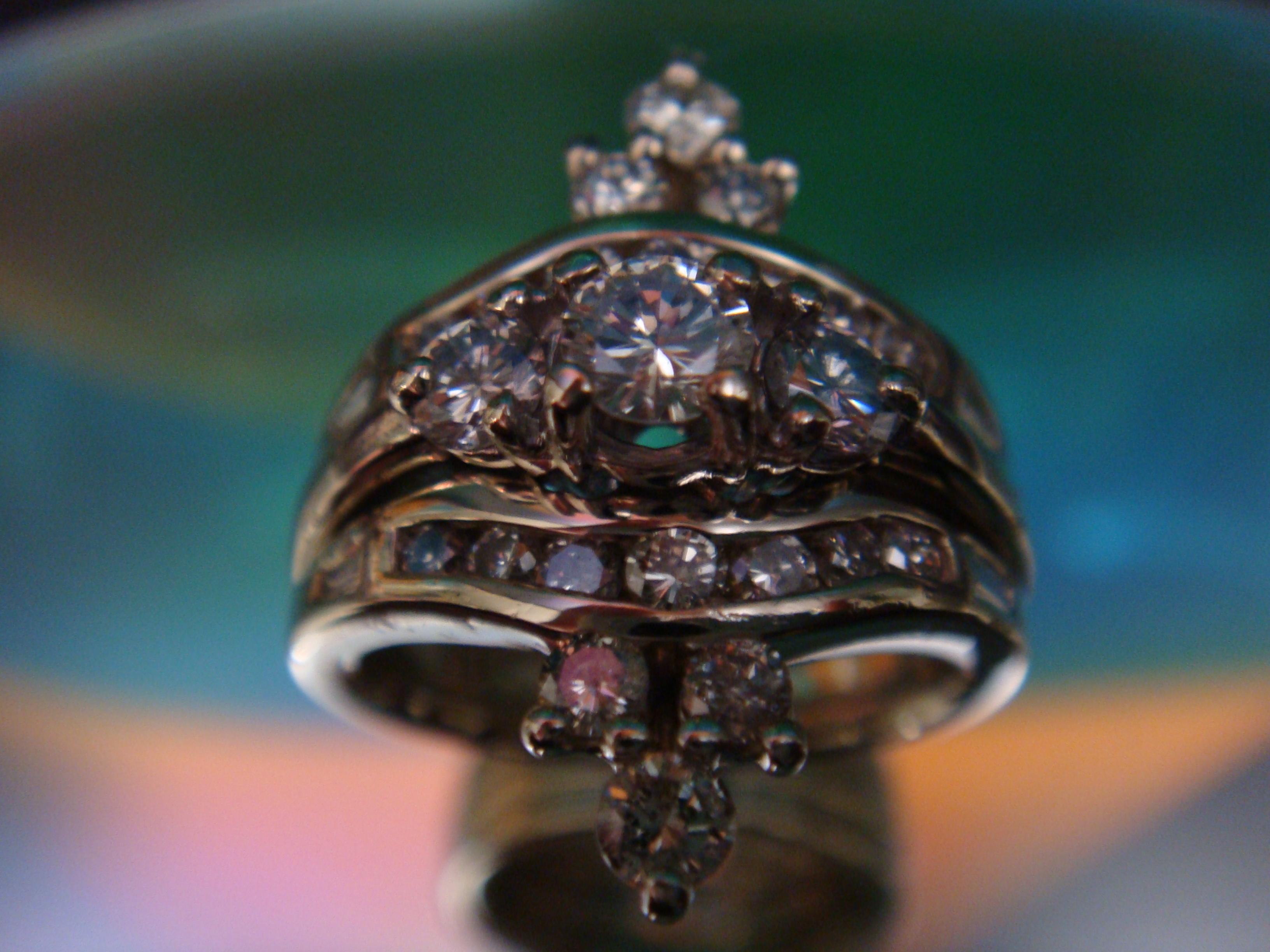 Suzi's wedding ring