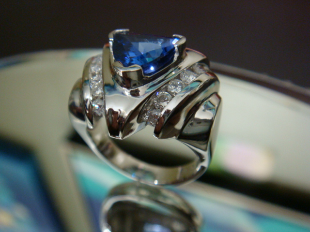 Tanzanite and diamonds in platinum