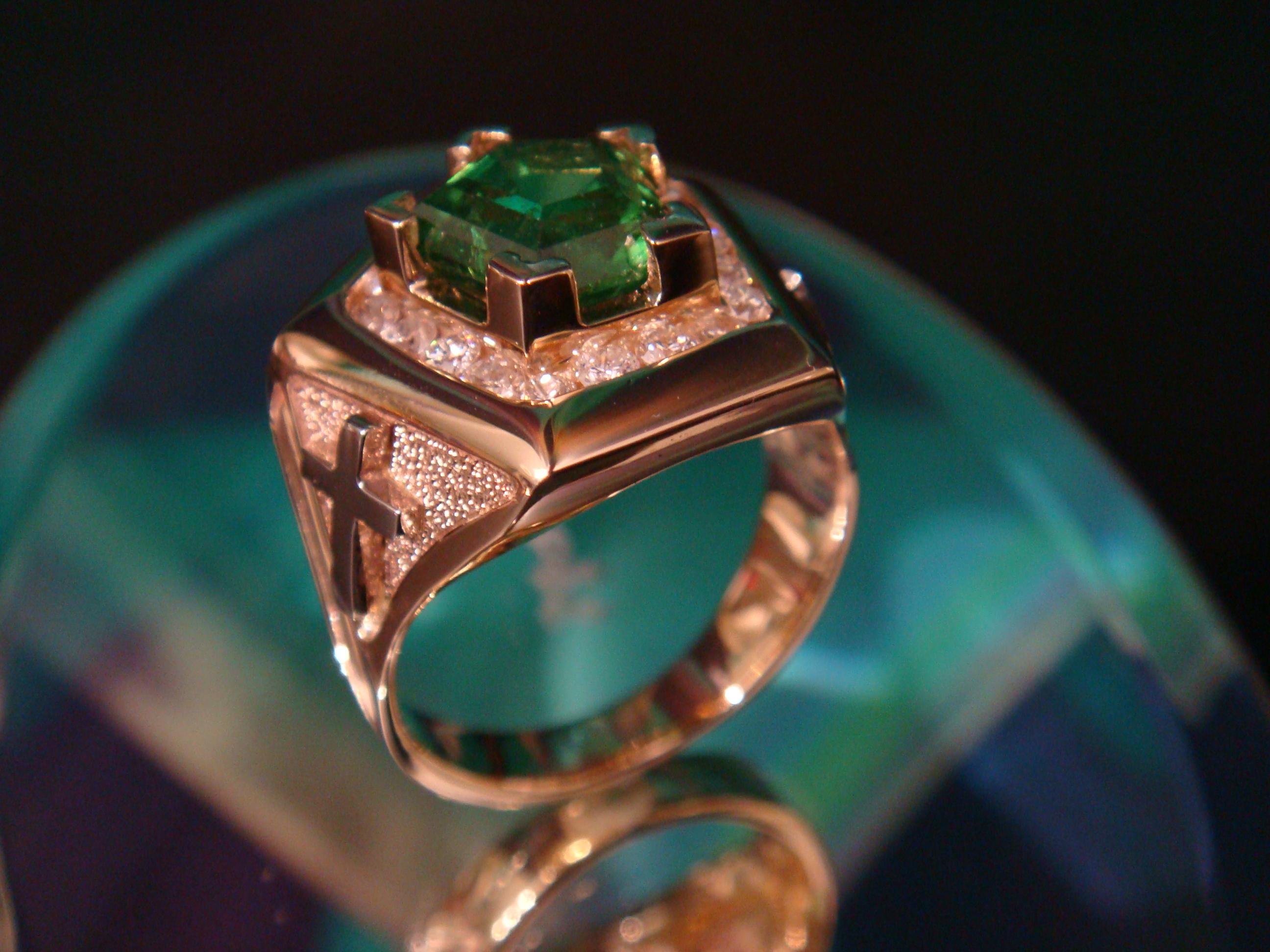 Tsavorite garnet and diamonds