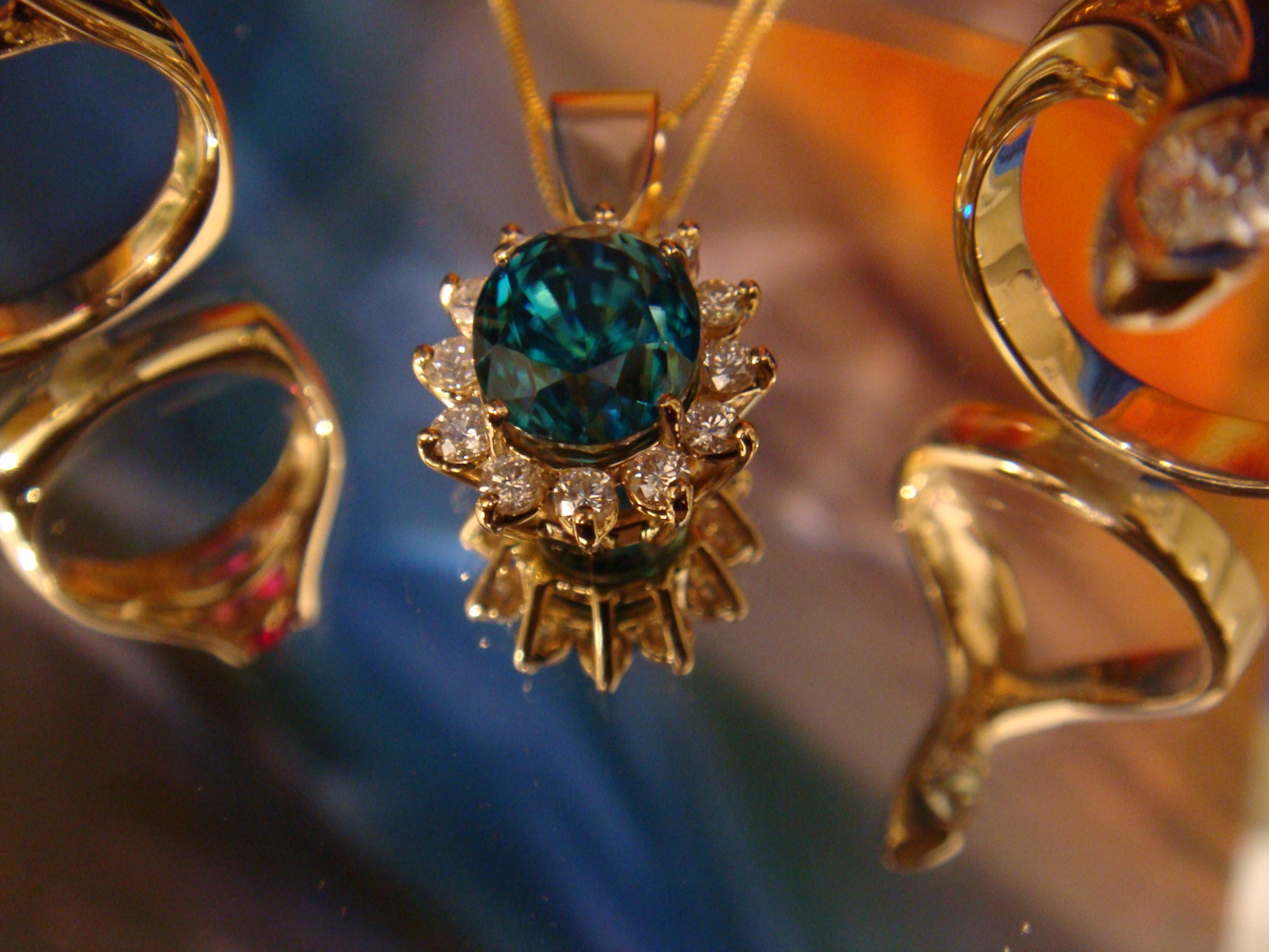 Blue zircon & diamond beauty