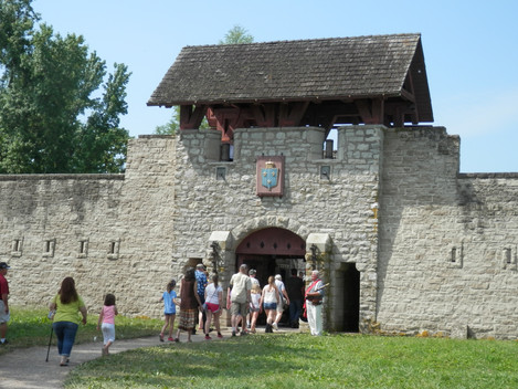 L3 and Cover Photo Entrance to Fort de C