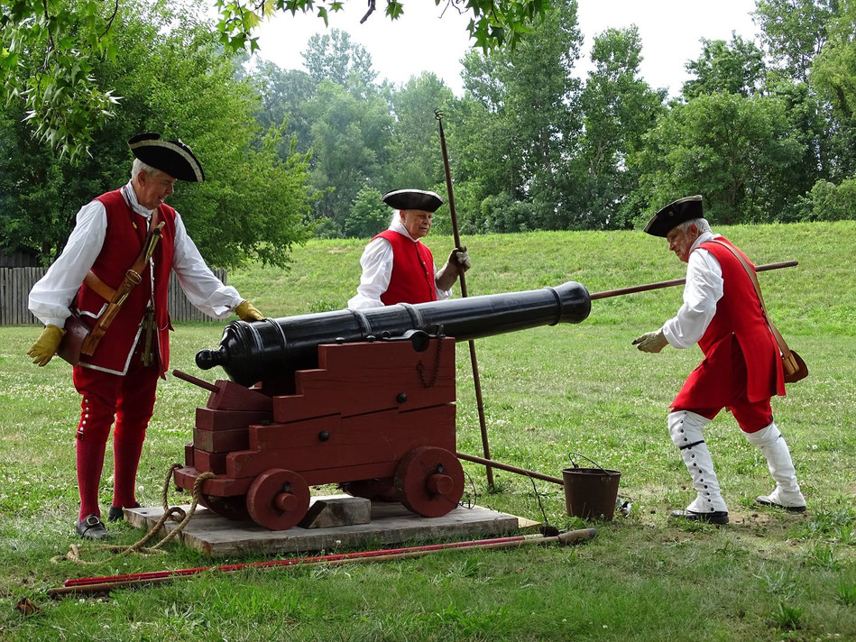 L3 - Cannon Re-enactment during the Annu