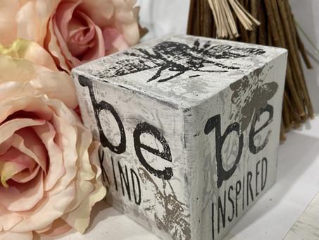 Create an Inspirational Wood Home Decor Cube