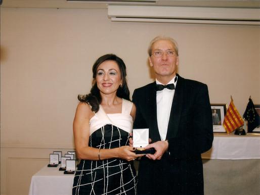 ENTREGA DE LA MEDALLA DE ORO DEL FORO EUROPA 2001