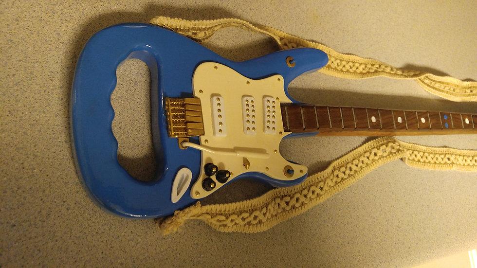 The Maxie Blue Moon guitar cane