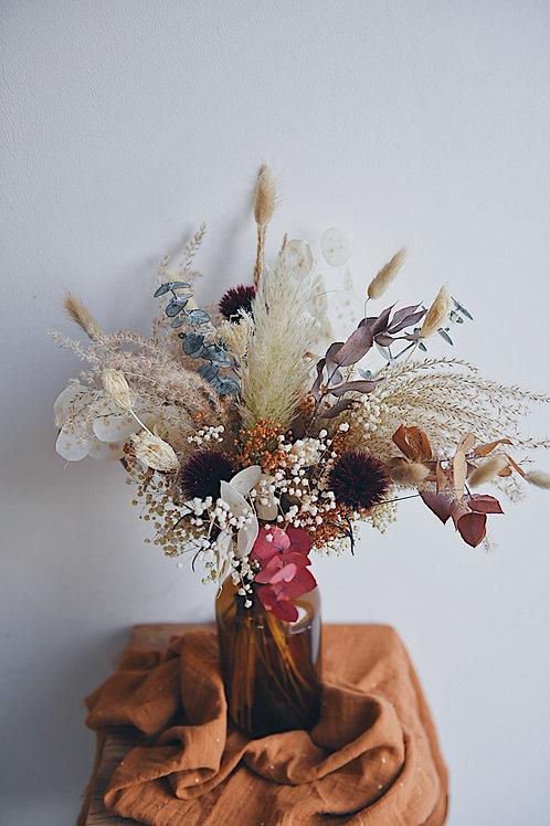 PIERRE, le bouquet de fleurs séchées et son vase