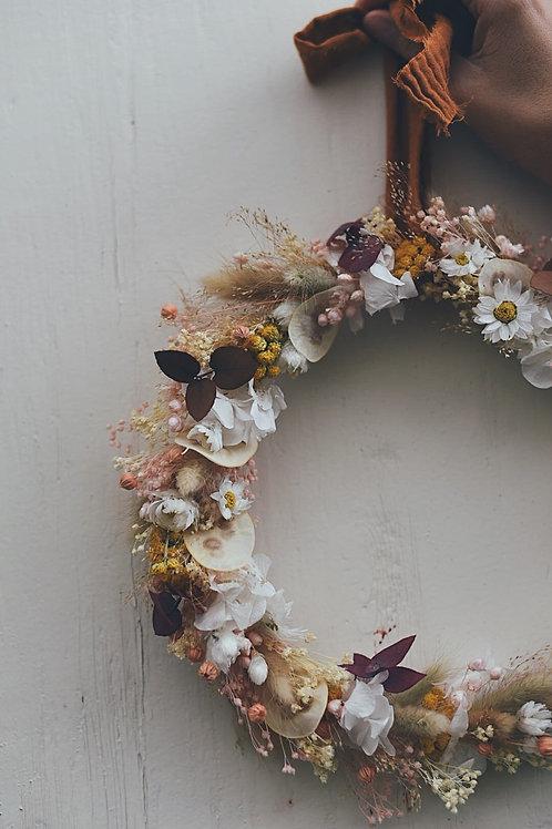 LUZ, la couronne de fleurs séchées