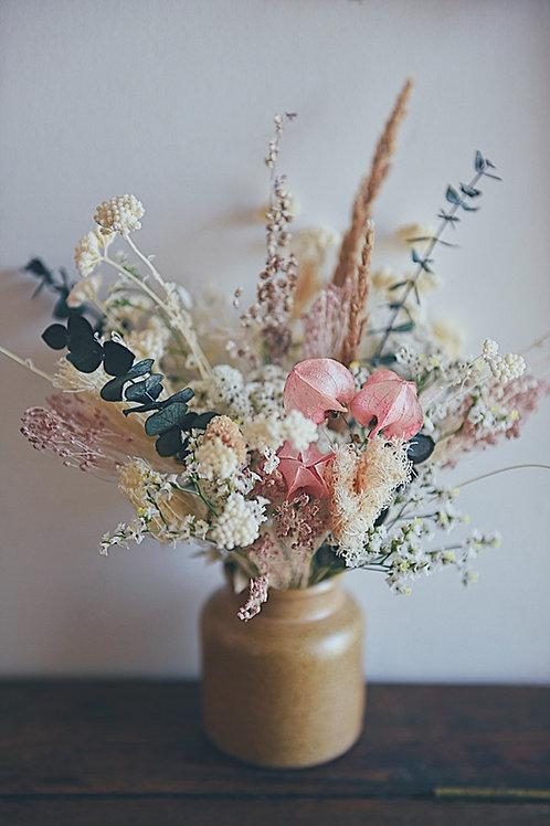 MARCEAU, le petit bouquet de fleurs séchées dans son pot en grès