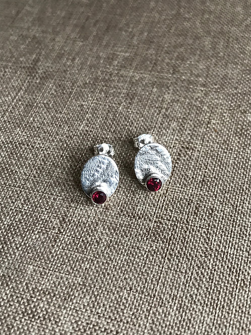 'Little Lace' Garnet Studs