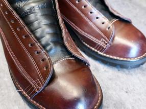靴修理:ダナーの靴磨きと縫い補修