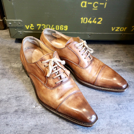 靴修理:傷補修とかかとスチール