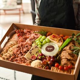 Caja gourmet a domicilio.jpg