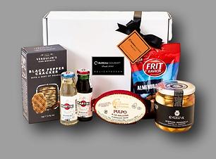 caja de aperitivos y productos para rega