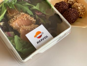 Cesta gourmet personalizada para empresas