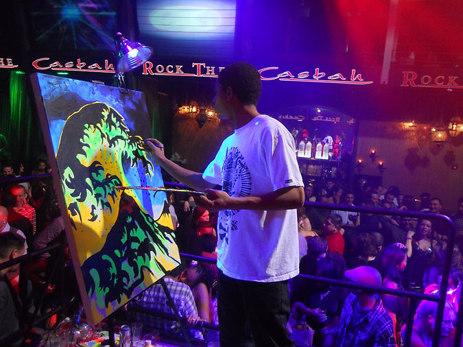 Gabe Tiberino live painting in Atlantic City.