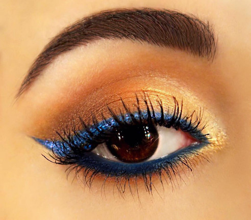 Glitter blue liner