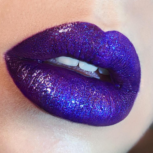 Glossy Lip Art