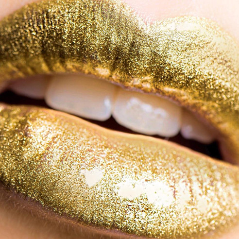 MAC Old Gold Pigment with Essential Oil