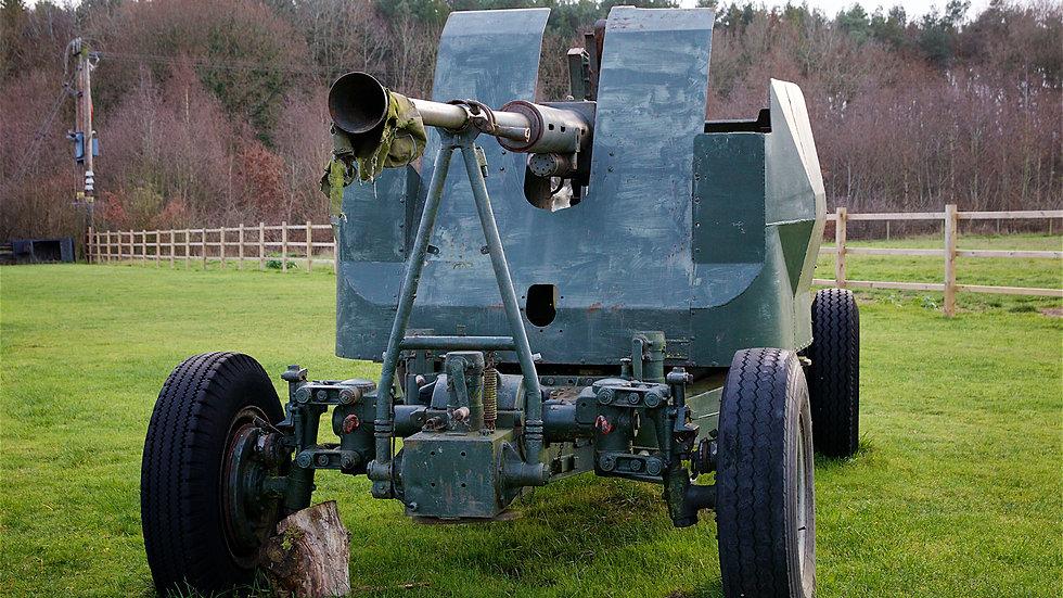 Mid 1950s Bofors anti aircraft gun